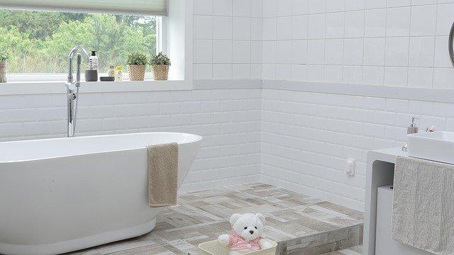 לשפץ את חדר האמבטיה